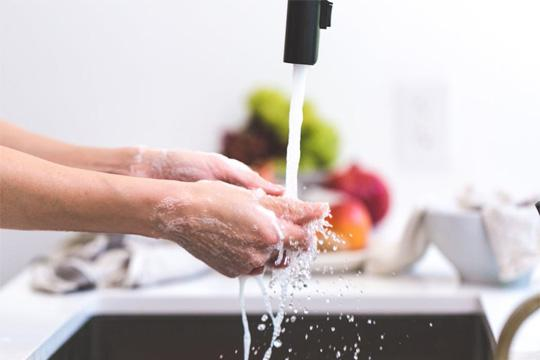 Save water in the kitchen with a water softener